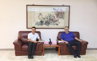 市领导会见全国社会治安综合治理先进工作者刘志锋