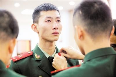 再见,军营!江门市驻军部队举行欢送退伍兵仪式