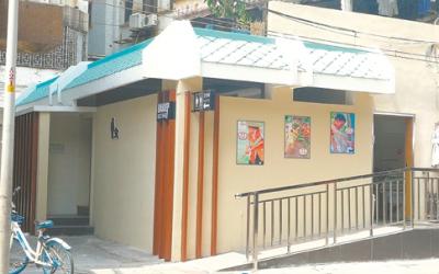 新会区会城街道民生路6号侧 小小公厕满眼高大上