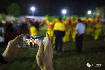 江门这个乡村的舞龙活动,场面太震撼!