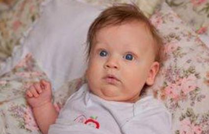 新生儿需不需要叫醒喂奶?产科护士这样说