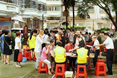 迦南社区开展义务健康检查工作