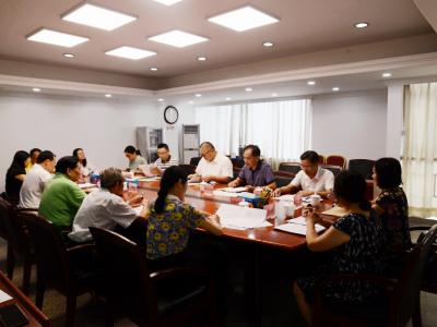 市委副书记、市委政法委书记胡钛召开座谈会 指导江门市关心下一代工作规划的制定