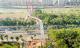 釜山人行天桥二期工程主桥钢箱梁吊装合龙