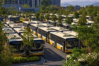 2019年最后一批纯电公交车抵达江门
