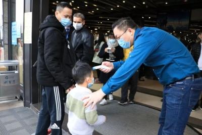 【聚焦蓬江防控】蓬江区对不配戴口罩进入公共场所行为进行检查