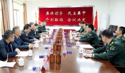 鹤山市委书记带队到江门军分区、江门海关慰问