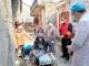 孤寡独居老人摔伤 村干部、社工联手救助
