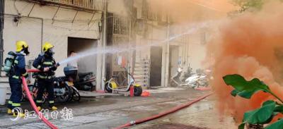 蓬江突击开展消防演练 检查育德市场周边消防通道是否畅通